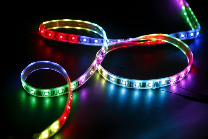 Saveware SMD LEDstrip | 12 Volt | 72 Watt | 300 LEDs | 5 Meter | RGB