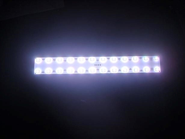 SMD LEDplaat | 12V | 6W | 24 LEDs | 26 x 3,5cm | Warm Wit | IP65