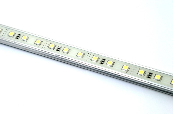 AluStrip SMD | 12V | 21,9W | 150 LEDs | Warm wit | waterdicht | 1,51 M
